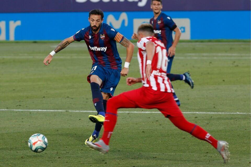 Jose Morales w meczu z Atletico