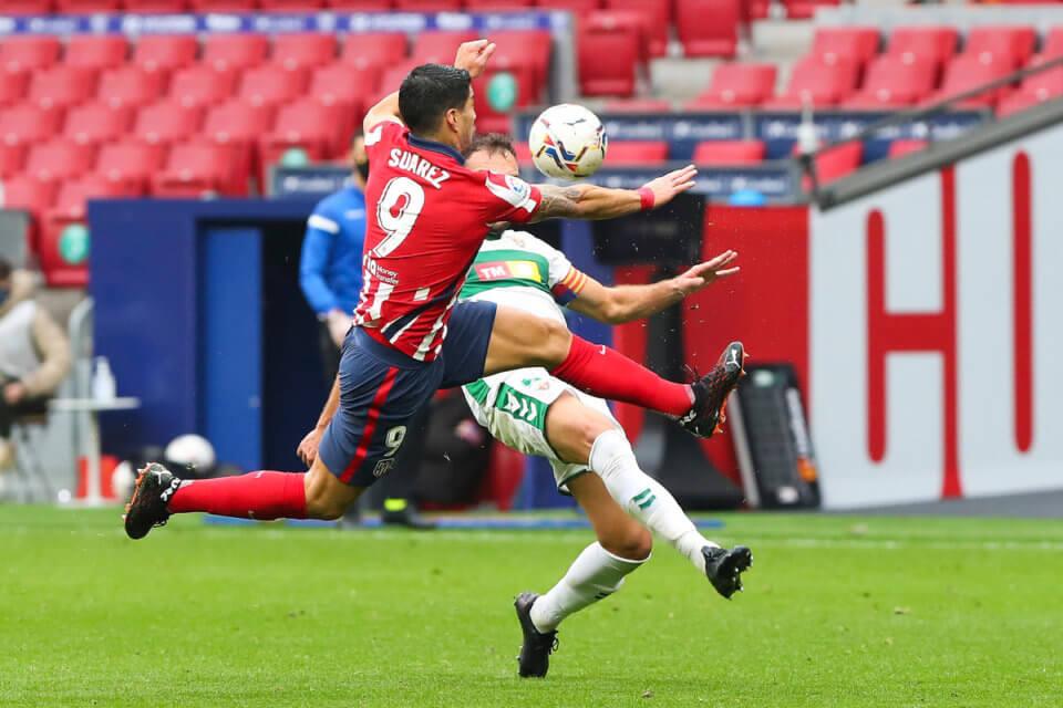Luis Suarez przeciwko Elche